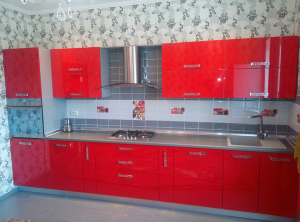 красная современная кухня Евпатория